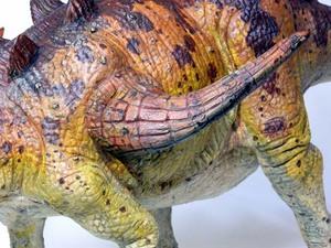 Gigantspinosaurus2010fminmini